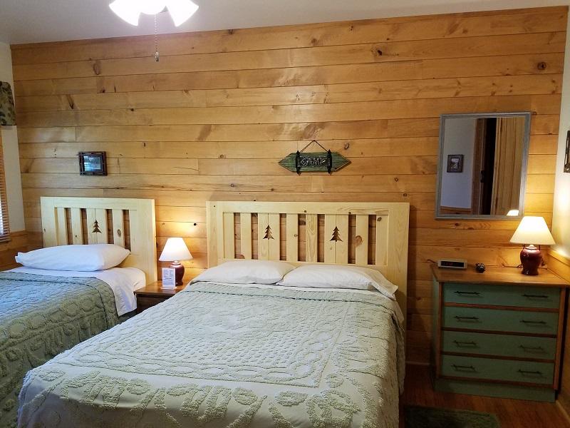 Cottage-5-Big-Bedroom1
