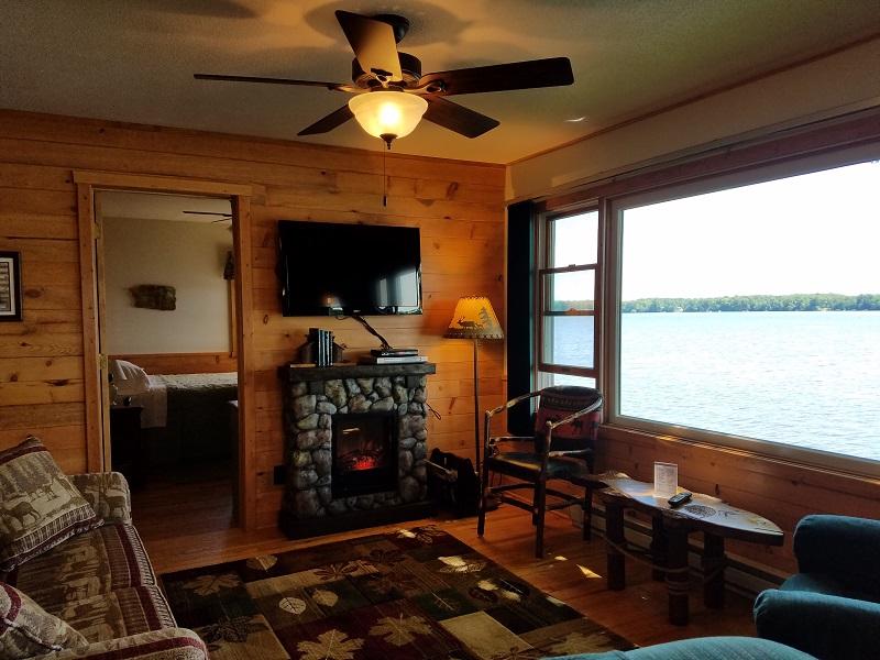 Cottage-5-Livingroom2